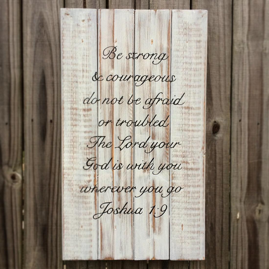 John 1:9 white